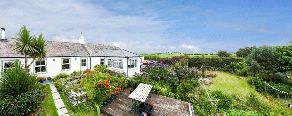 2 Bedrooms Detached Bungalow for sale in Caulside, Whithorn, Newton Stewart, Dumfries and Galloway, DG8