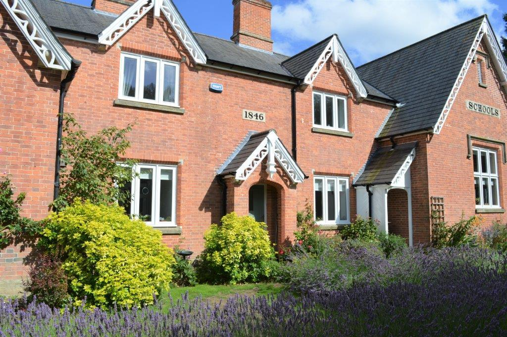 4 Bedrooms Village House for sale in Eden Court, Ticehurst