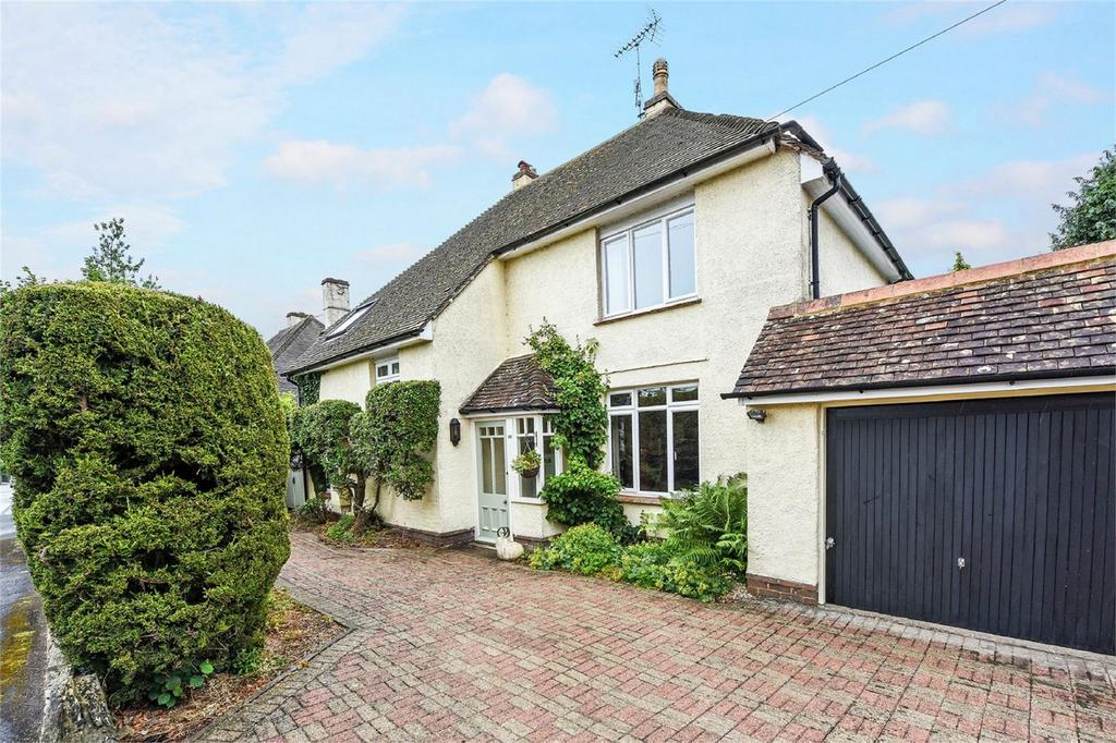 5 Bedrooms Detached House for sale in Kings Road, Alton, Hampshire
