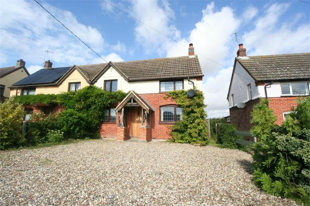 3 Bedrooms Semi Detached House for sale in Halstead Road, Kirby-le-Soken, FRINTON-ON-SEA, Essex