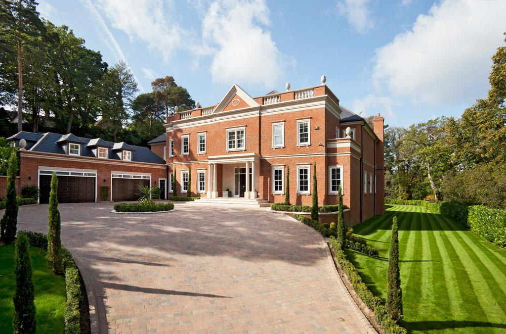 6 Bedrooms Detached House for sale in Yaffle Road, Weybridge