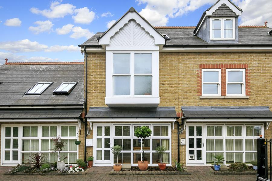 3 Bedrooms House for sale in Marylebone Gardens, Richmond