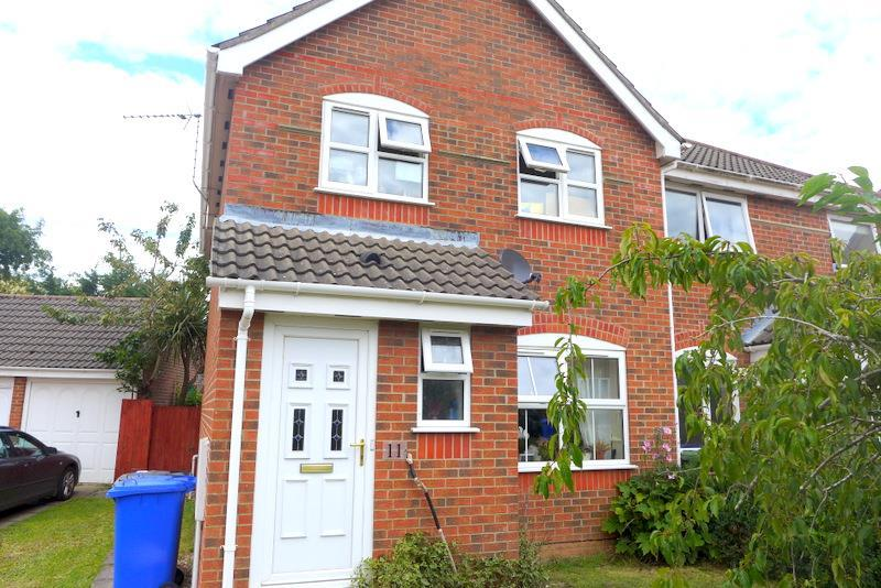 3 Bedrooms Semi Detached House for sale in St Matthews, Beccles