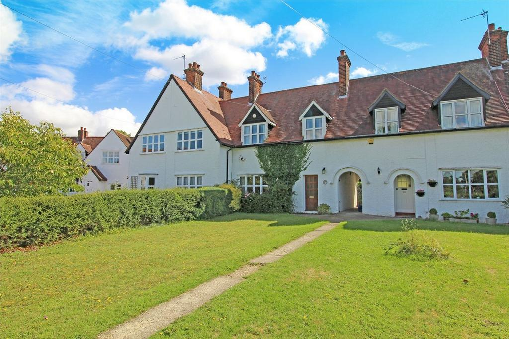 3 Bedrooms Terraced House for sale in Westholm, Letchworth Garden City, Hertfordshire