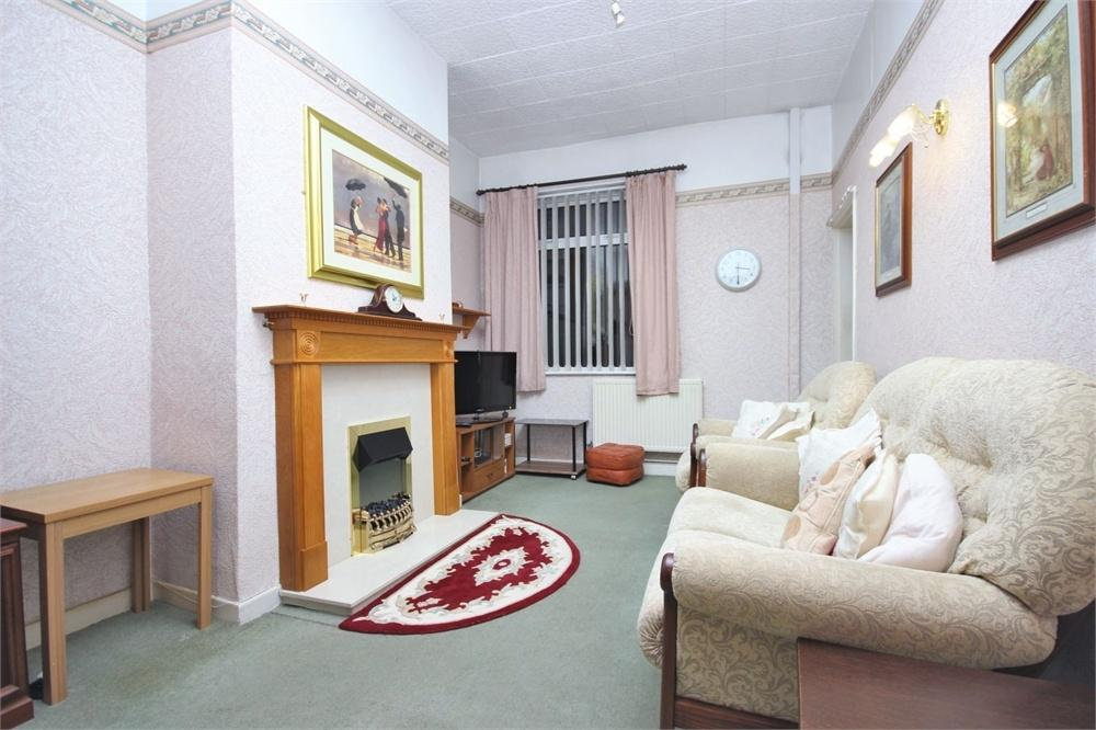 2 Bedrooms Terraced House for sale in Hale Road, WIDNES, Cheshire