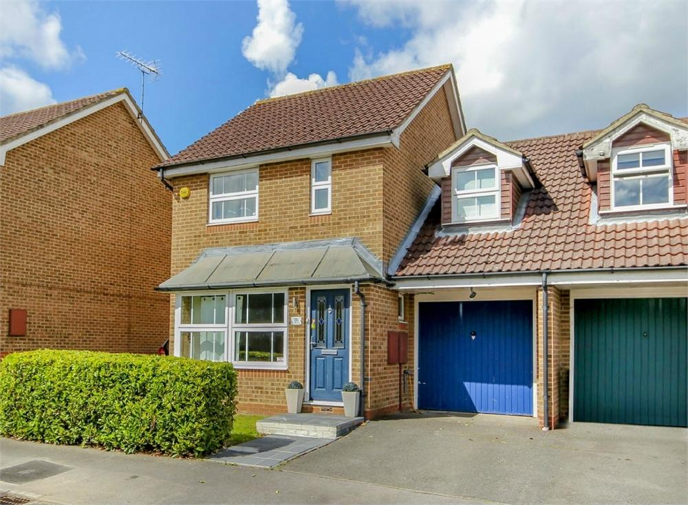 3 Bedrooms Link Detached House for sale in Bartholomew Place, Warfield, Berkshire