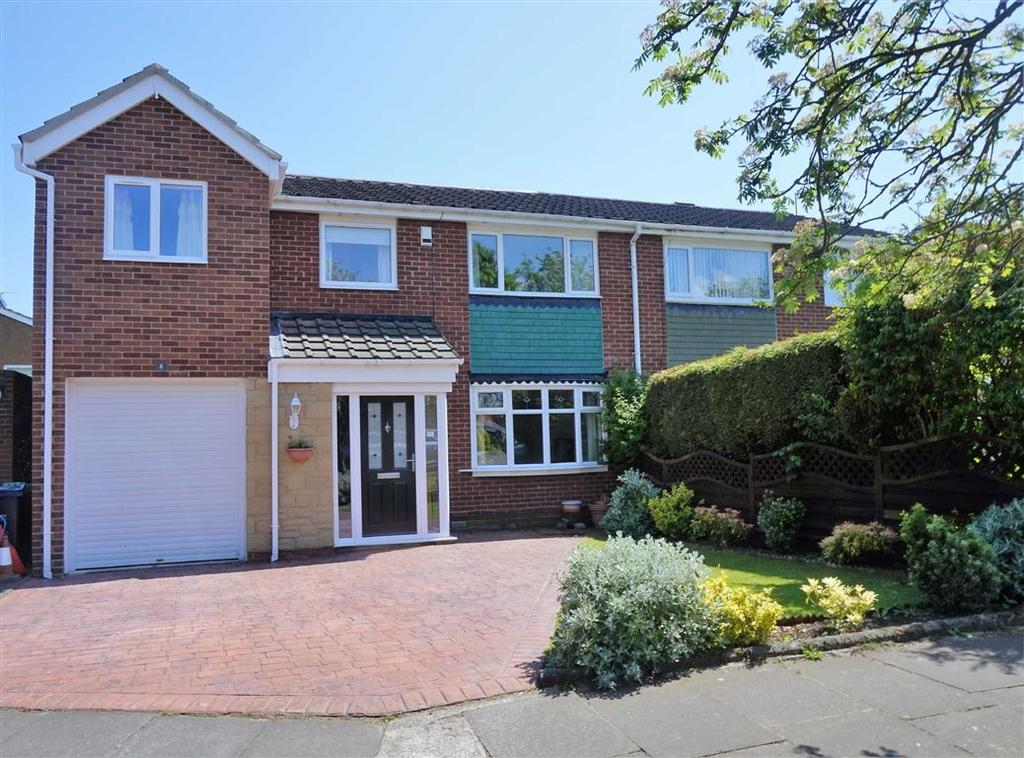 4 Bedrooms Semi Detached House for sale in Windsor Close, Whickham, Newcastle Upon Tyne