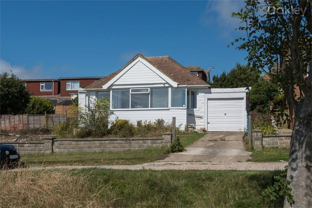 2 Bedrooms Detached Bungalow for sale in Findon Avenue, Saltdean, Brighton, East Sussex