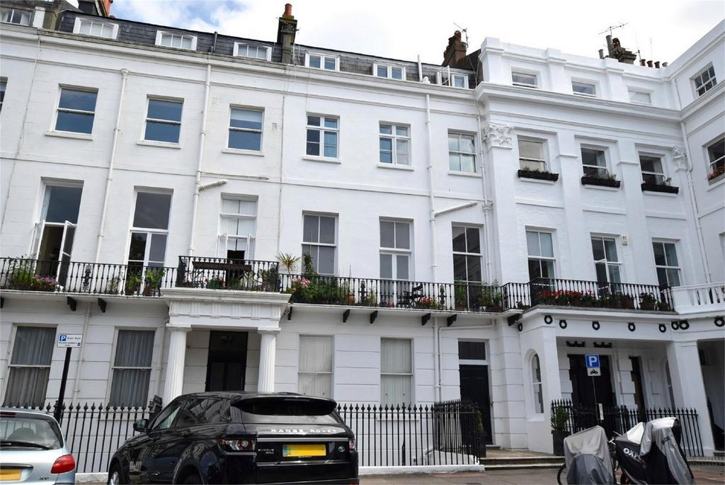 3 Bedrooms Flat for sale in Sussex Square, Brighton, East Sussex