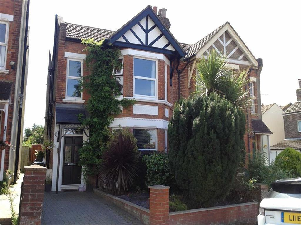 4 Bedrooms Semi Detached House for sale in Ashburnham Road, Hastings