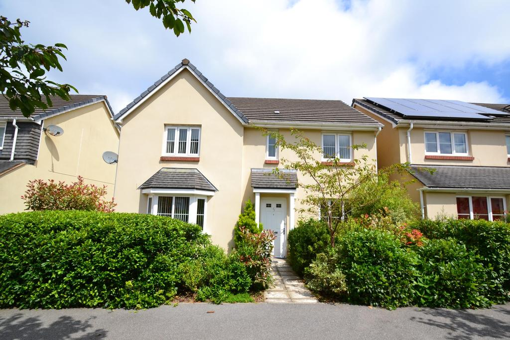 4 Bedrooms Detached House for sale in Canyke Fields, Bodmin