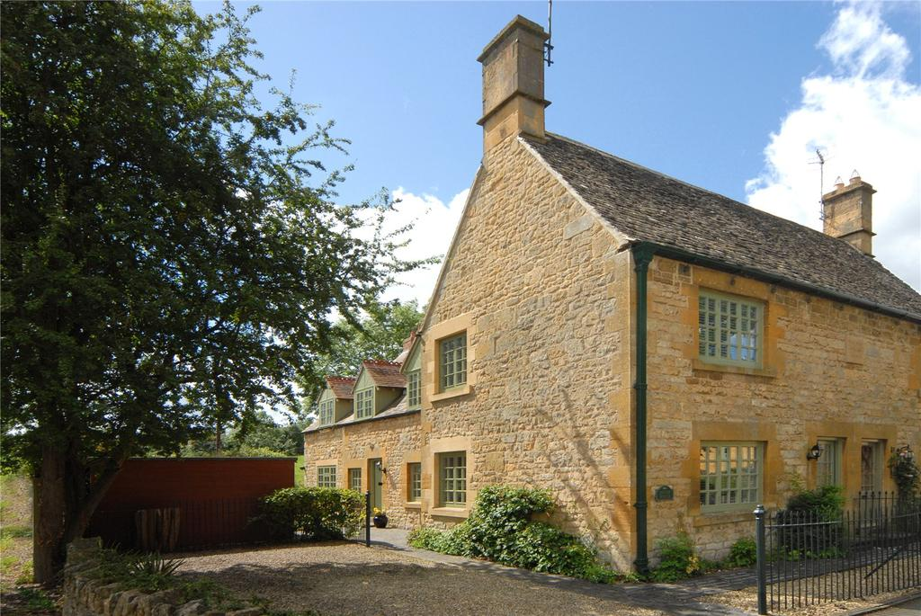 3 Bedrooms Semi Detached House for sale in Park Road Villas, Park Road, Chipping Campden, GL55