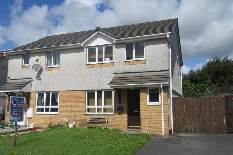 3 Bedrooms Semi Detached House for sale in Clos Rhedyn , Morriston, Swansea.