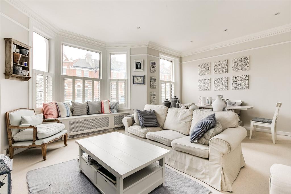 1 Bedroom Flat for sale in Battersea Rise, Battersea, London