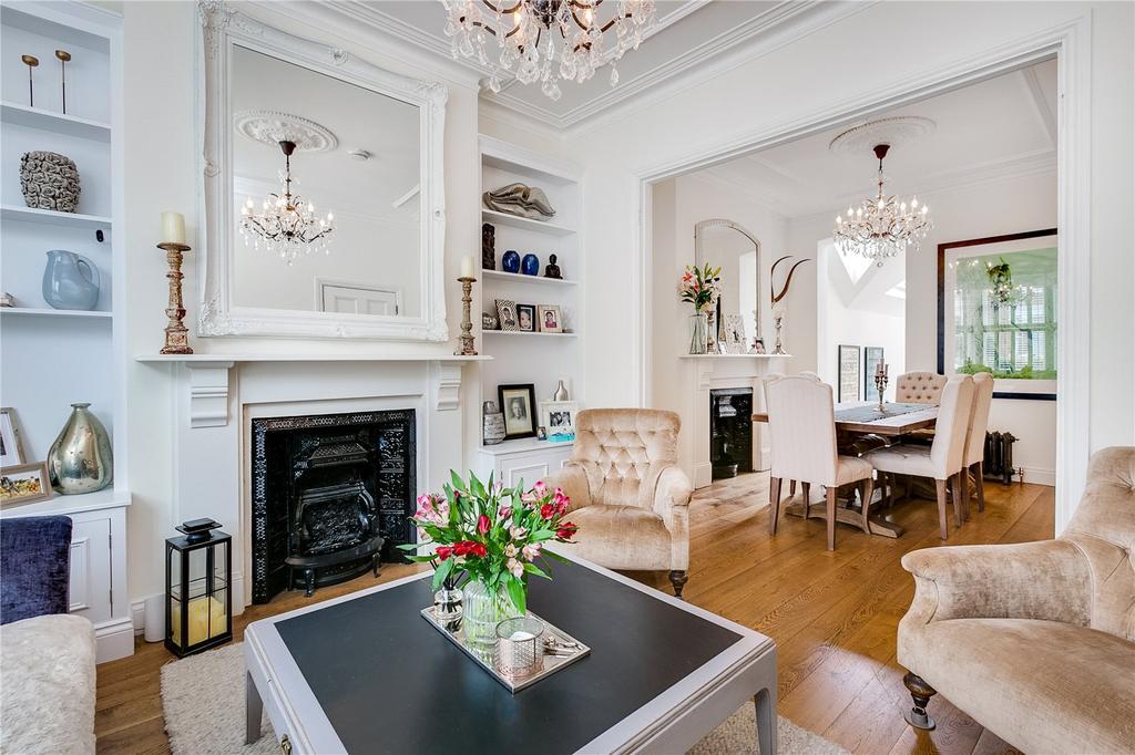 5 Bedrooms Terraced House for sale in Jedburgh Street, Battersea, London
