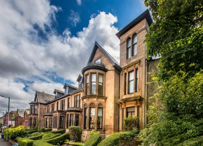 5 Bedrooms End Of Terrace House for sale in 206 Broomhill Drive, Broomhill, G11 7QB