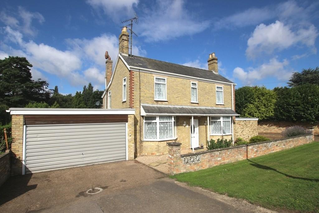 5 Bedrooms Detached House for sale in Ely Road, Littleport