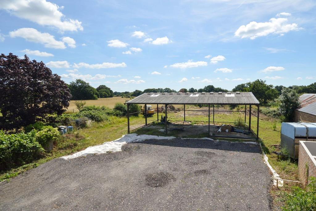 5 Bedrooms Detached House for sale in Smarden, TN27