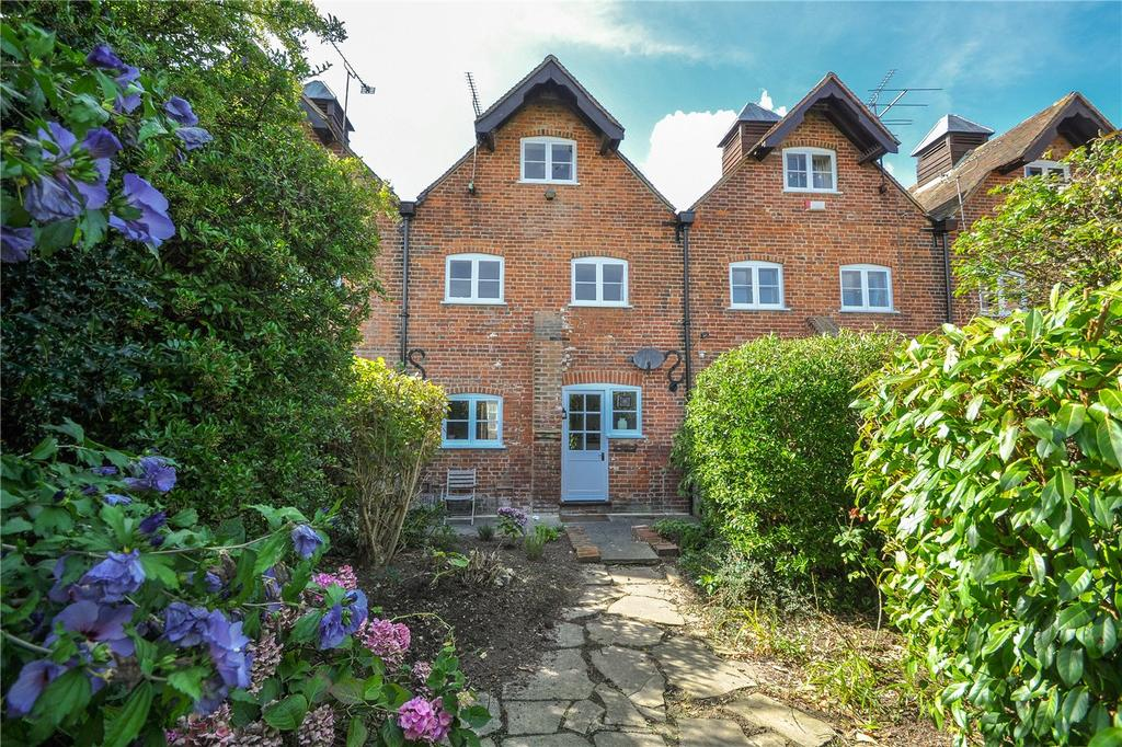 3 Bedrooms Terraced House for sale in St Lawrence Forstal, Canterbury, CT1