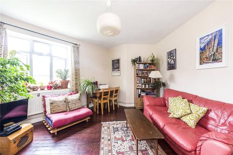 2 bedroom flat to rent - Lansdell House, Tulse Hill, London, SW2