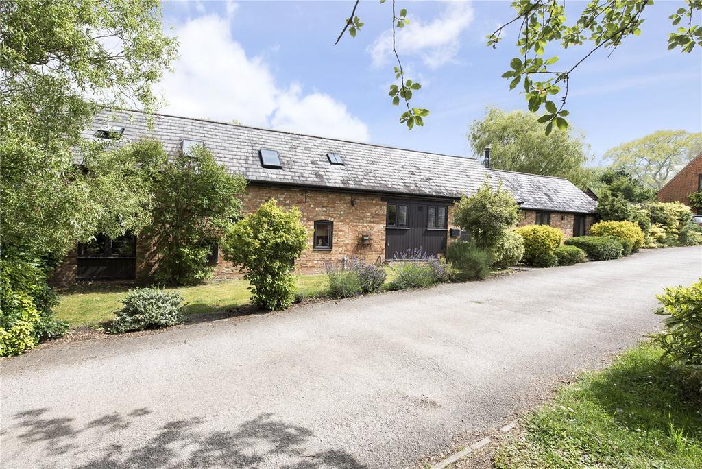 3 Bedrooms Unique Property for sale in Manor Farm, Nash Road, Great Horwood, Bucks, MK17