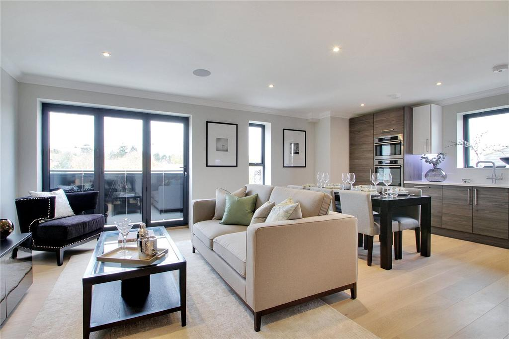 3 Bedrooms Flat for sale in Bloomfield Apartments, Hortons Way, Westerham, TN16