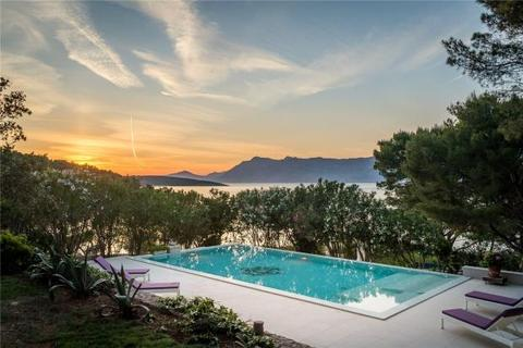 5 bedroom house  - Povlja, Brac, Croatia