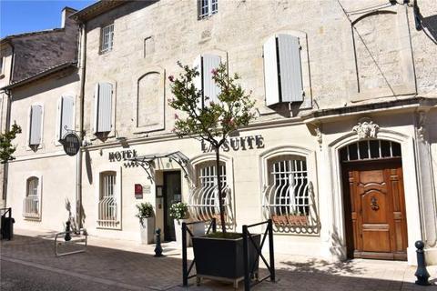 12 bedroom townhouse  - Villeneuve Les Avignon, Gard, Provence
