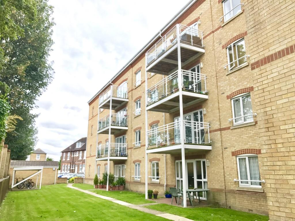 2 Bedrooms Apartment Flat for sale in Tonbridge Road, Maidstone