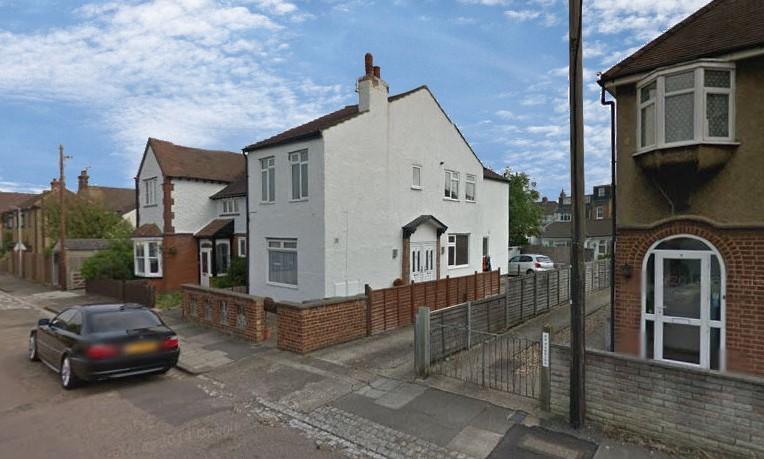 1 Bedroom Maisonette Flat for sale in College Road, St Albans, AL1