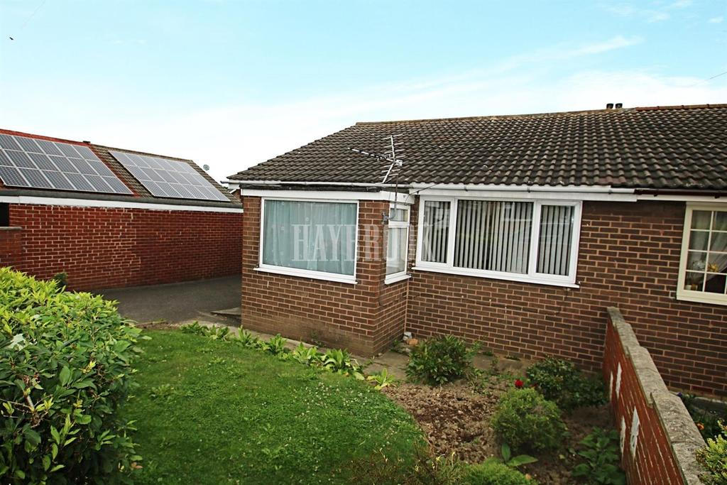 2 Bedrooms Bungalow for sale in Lime Grove, Carlton