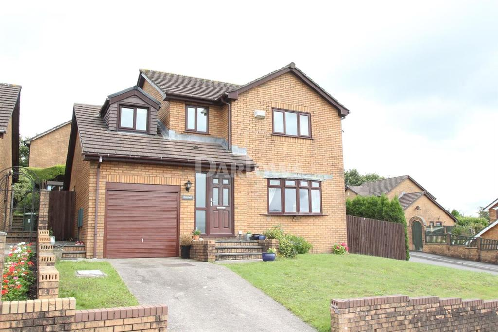 4 Bedrooms Detached House for sale in Cae Caradog, Caerphilly