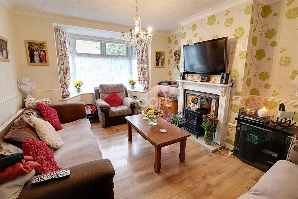 3 Bedrooms Terraced House for sale in Northfield Road, Waltham Cross