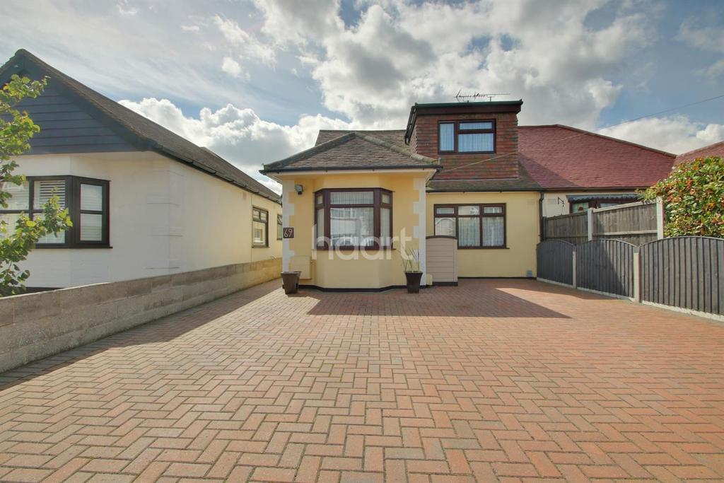 4 Bedrooms Bungalow for sale in Keith Way