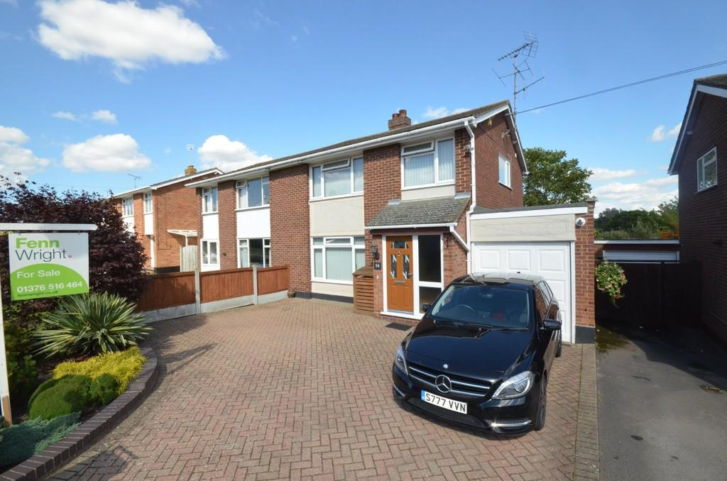 3 Bedrooms Semi Detached House for sale in Chelmer Road, Witham, CM8 2ET