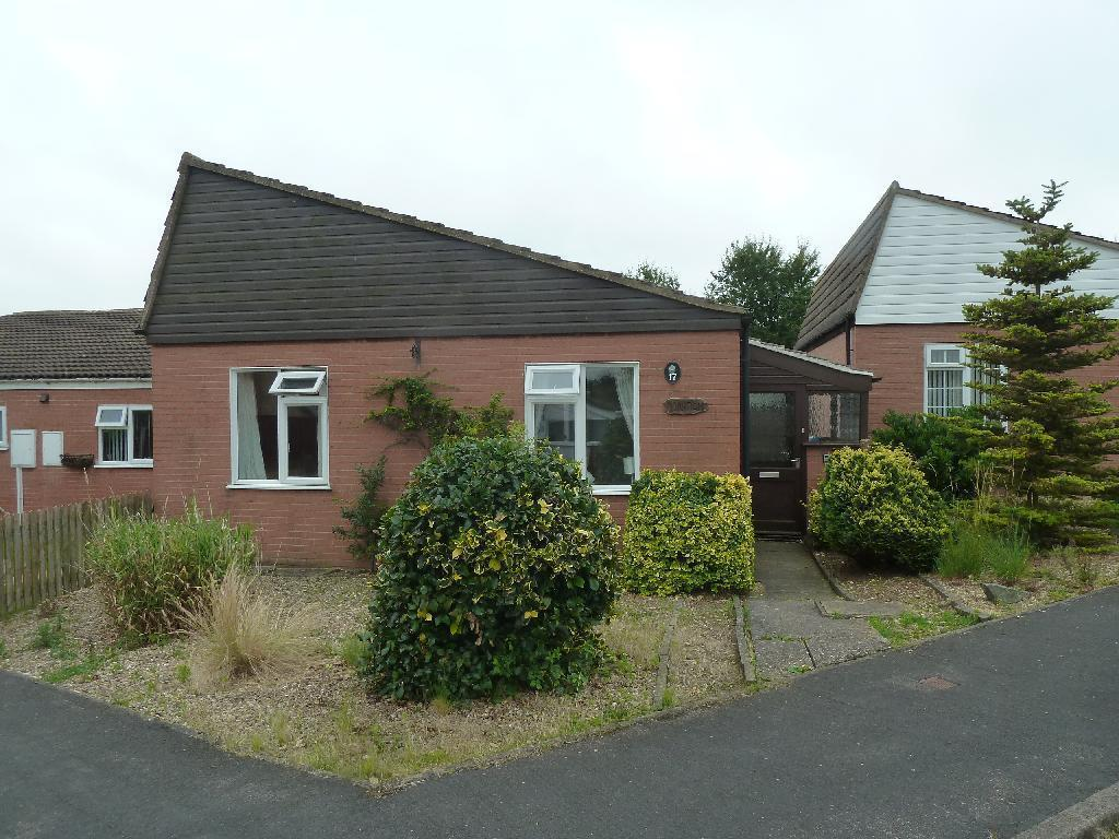 2 Bedrooms Detached Bungalow for sale in Beaumont Gardens Melton Mowbray