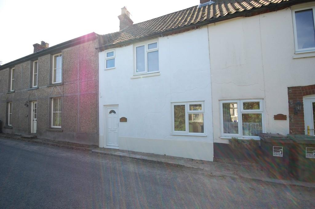 2 Bedrooms Terraced House for sale in Baconsthorpe, Norfolk