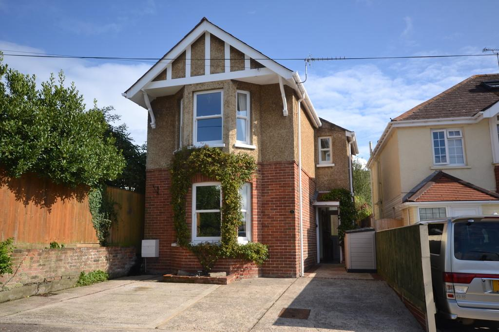 4 Bedrooms Detached House for sale in Victoria Place, Ryde