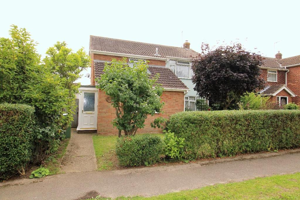 3 Bedrooms Detached House for sale in Sauls Avenue Witham Essex CM8 1JP