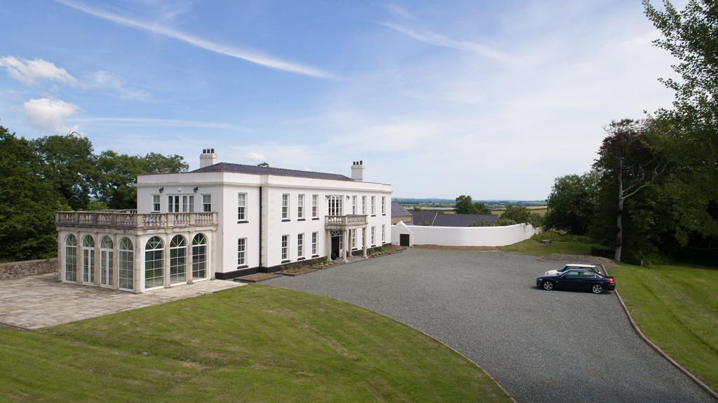 8 Bedrooms Manor House Character Property for sale in Portfield Gate, Pembrokeshire