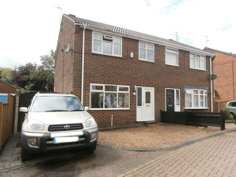 3 Bedrooms Semi Detached House for sale in Thornton Grove, Preston