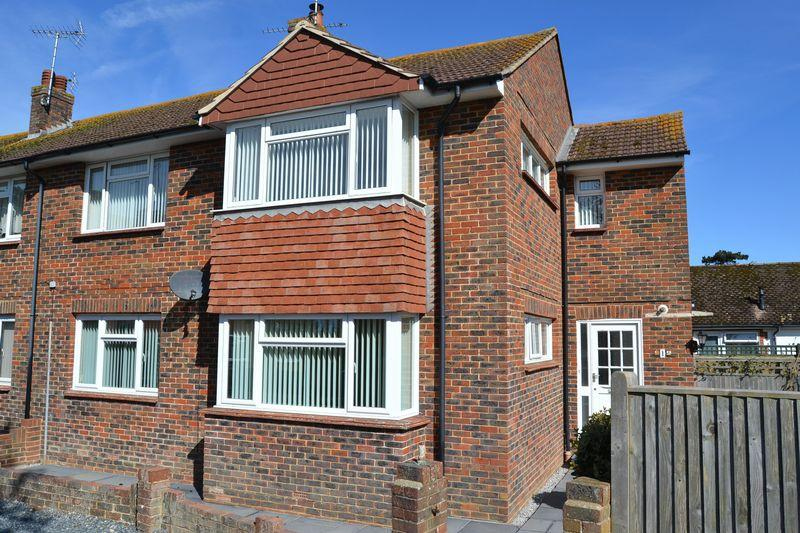 2 Bedrooms Apartment Flat for sale in SOUTH FERRING