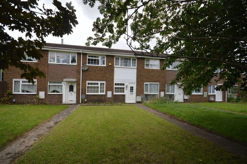 3 Bedrooms Terraced House for sale in Parkway.