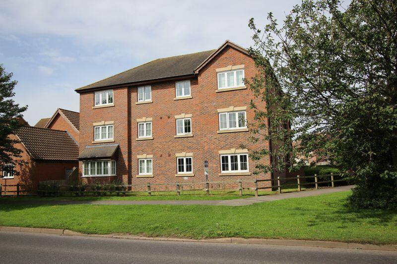 2 Bedrooms Apartment Flat for sale in Samuel John Way, Skegness