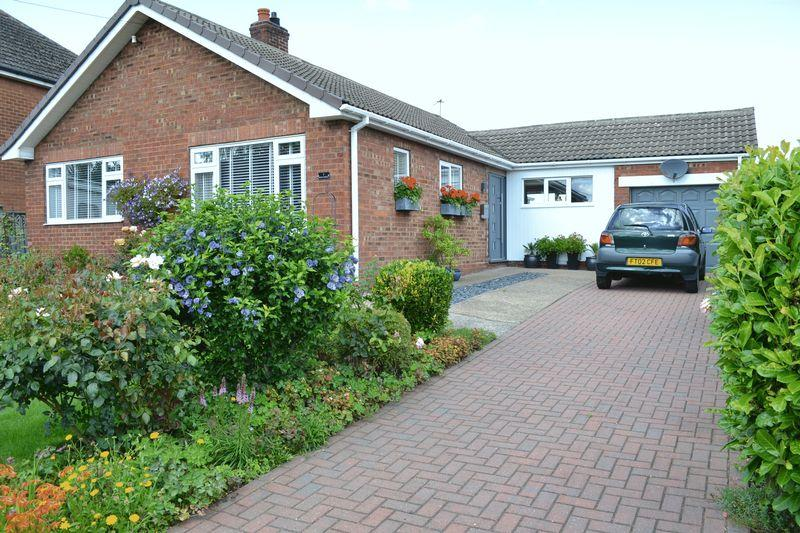 3 Bedrooms Detached Bungalow for sale in High Street, Blyton