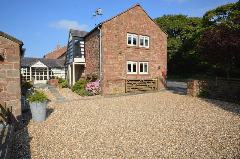 6 Bedrooms Barn Conversion Character Property for sale in Mill Farm, Frankby
