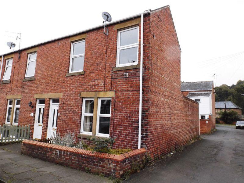 2 Bedrooms End Of Terrace House for sale in Alexandra Road, Morpeth