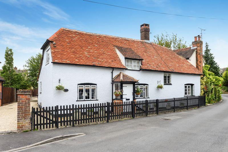3 Bedrooms Detached House for sale in Chinnor, Oxfordshire