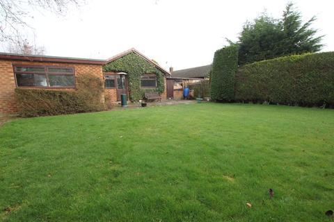 4 bedroom detached bungalow to rent - Guy Lane, Waverton