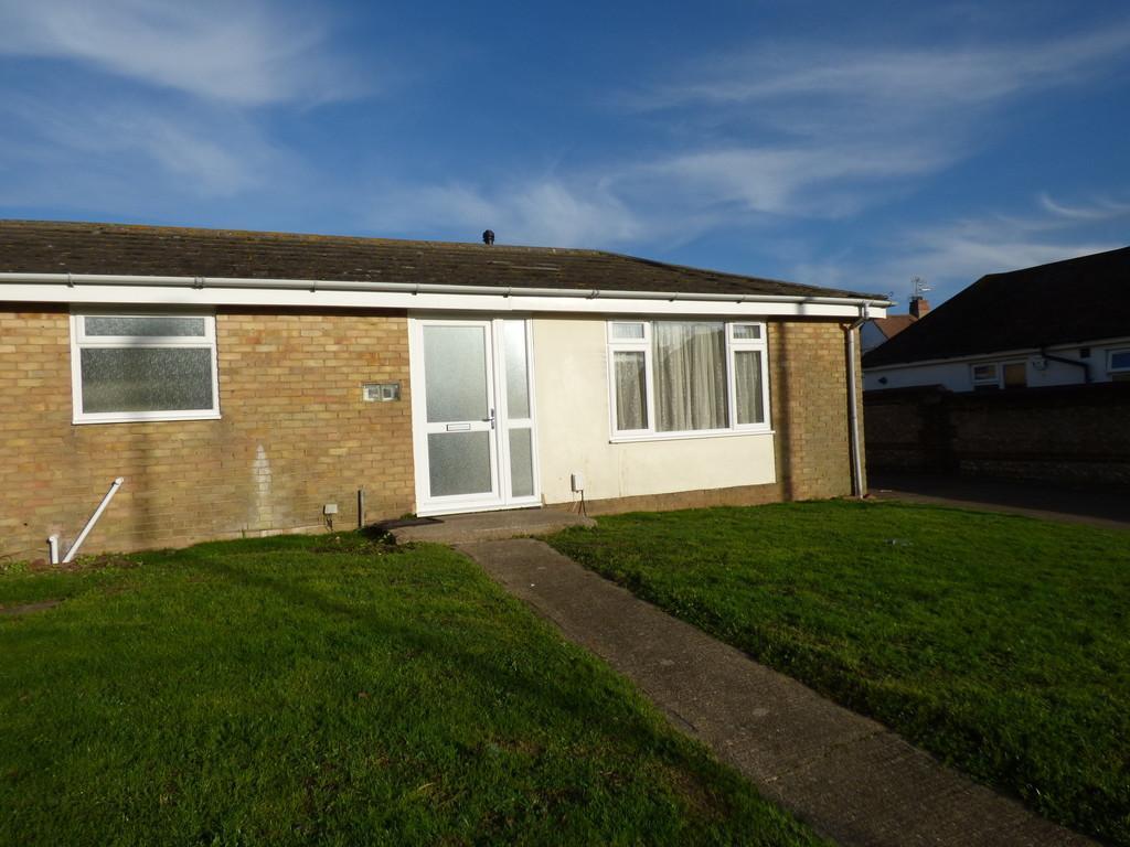 1 Bedroom Terraced Bungalow for rent in Glebelands Close, Shoreham-by-Sea